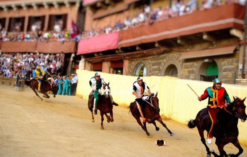 Palio Walking tour €17